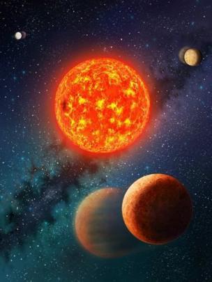 Representação artística mostra sistema planetário com o Kepler-138b, primeiro exoplaneta encontrado menor que a Terra tanto em massa e circunferência