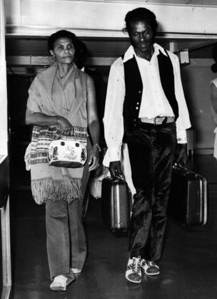 1st August 1972: Rock 'n' roll legend, singer, songwriter and guitarist Chuck Berry arrives at Heathrow Airport with his wife Themetta.