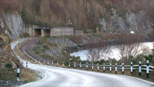 Tunail maoim-slèibhe air an A890