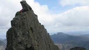 People climbing The Inaccessible Pinnacle of Sgurr Dearg
