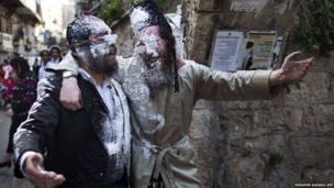 Ultra-Orthodox Jews celebrate