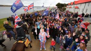 Falkland Islands prepare for referendum