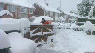 Snow in Coedpoeth, Wrexham