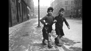 Gorbals Boys, Glasgow, Europe's worst slum, 1948