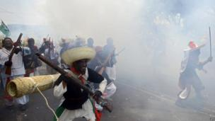 Residents of the Penon de los Banos neighbourhood in Mexico City recreate the Battle of Puebla