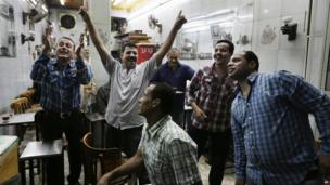 Egyptians in tea house celebrate (3 July 2013)
