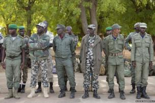 Malian soldiers arrive at the Koulikoro Military training facility