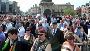 Crowds outside the church