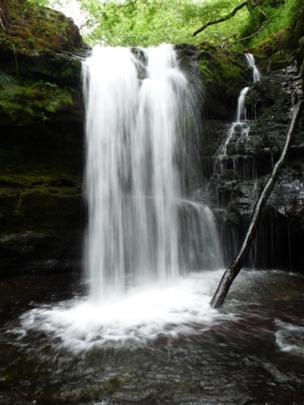 Pontneddfechan waterfall