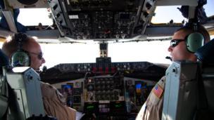 Pilots flying KC-135 planes