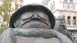 Giles statue, Ipswich