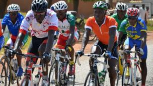 Cyclists in Bousse, Burkina Faso - Friday 25 October 2013