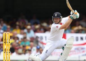 Ian Bell batting in a cricket match