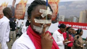 Journalists protesting in Nairobi, Kenya - Tuesday 3 December 2013