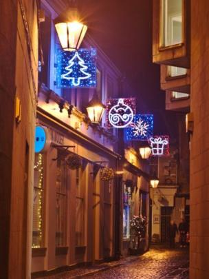 Lights in Wooer Street, Falkirk