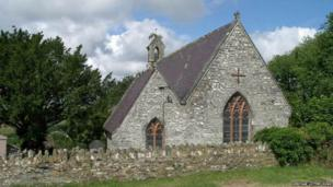 St. Michael's Church, Troedyraur