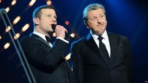 Dermot O'Leary and Roy Hodgson