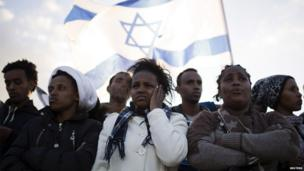 African migrants hold protest at Holot detention centre in southern Israel.