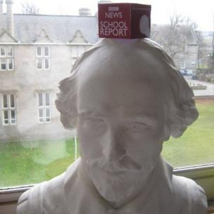 BBC mic cube on Shakespeare bust