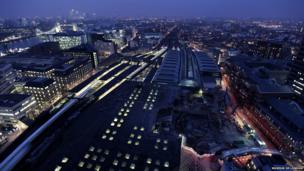 Suki Chan, Film Still: London Bridge Station and Tower Bridge, 2011