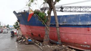 Ship washed up in Tacloban