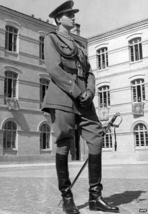 Prince Juan Carlos of Spain poses in the Military Academy of Zaragoza between 1955-57