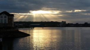 Sunset as seen from the Cardiff Bay barrage