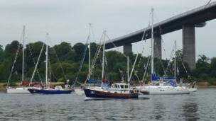 Boats passing the Erskine Bridge