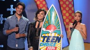 Tyler Posey, Demi Lovato and Sarah Hyland