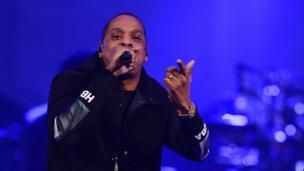 Jay Z bids for music streaming service