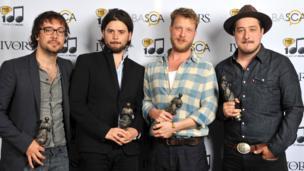 Mumford & Sons announce third album