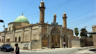 the Al-Noori Al-Kabeer mosque in Mosul city, northern Iraq, 09 July 2014.