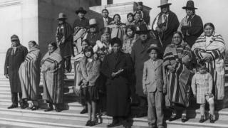 Miembros de la nación osage en Washington