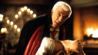 Leslie Nielsen in Dracula, Dead & Loving It