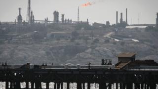 تاسیسات نفتی خارک در جنوب ایران