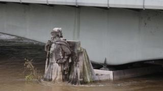 Floods waters rise up the Zouave statue in Paris