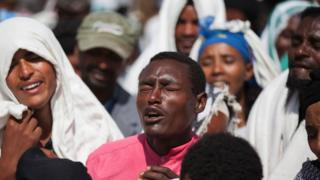 Oromo mourners in Ethiopia - December 2015