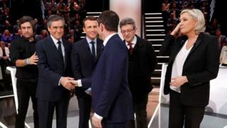 Франсуа Фийон, Эмануэль Макрон, Бенуа Амон, Жан-Люк Меланшон и Марин Ле Пен