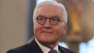 فرانک والتراشتاینمایراز حمایت احزاب اصلی آلمان برخوردار است