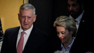 وزرای دفاع آلمان و آمریکا با یکدیگر دیدار کردند
