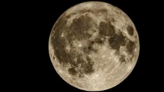 Ring around the moon? Rain real soon - BBC Weather