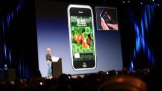 Steve Jobs unveils the iPhone