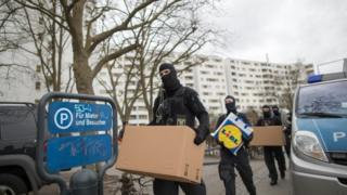 Berlin police raid apartments linked to the mosque frequented by the December Christmas market attacker, Anis Amri, 28 February 2017