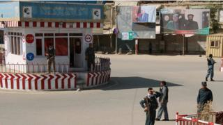 طالبان میگویند به مرکز شهر قندوز نزدیک شده؛ وزارت دفاع افغانستان تکذیب میکند