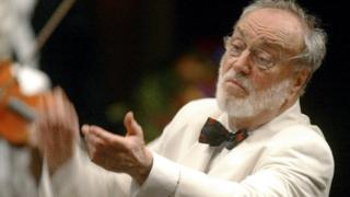 Kurt Masur during his final concert at Avery Fisher Hall in New York. 18 July 2002