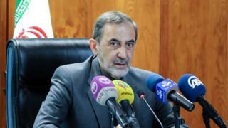 آقای ولایتی مشاور رهبر ایران در مسائل خارجی است