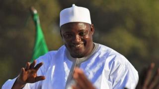 президент гамбии адама барроу