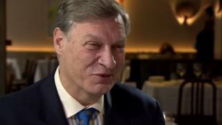 ABD Başkanı Donald Trump'ın Avrupa Birliği (AB) büyükelçisi olması beklenen Profesör Ted Malloch, BBC'nin ekonomi editörü Kamal Ahmed'e konuştu.