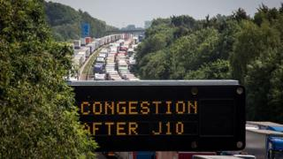 Digital congestion sign at Operation Stack