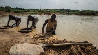 Старатели в Сьерра-Леоне